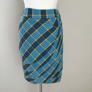 Downeast Scalloped, Pleated, Lined Pencil Skirt